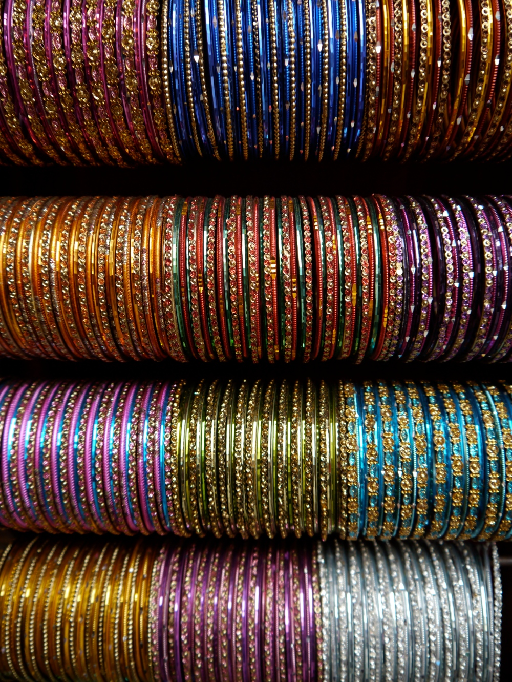 Bangalore women jangle, with arms full of bangles. Store them like this, to avoid all the tangles.