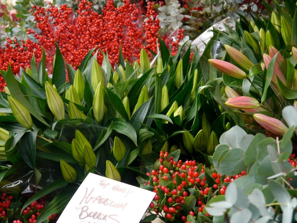 Lilies Ilex