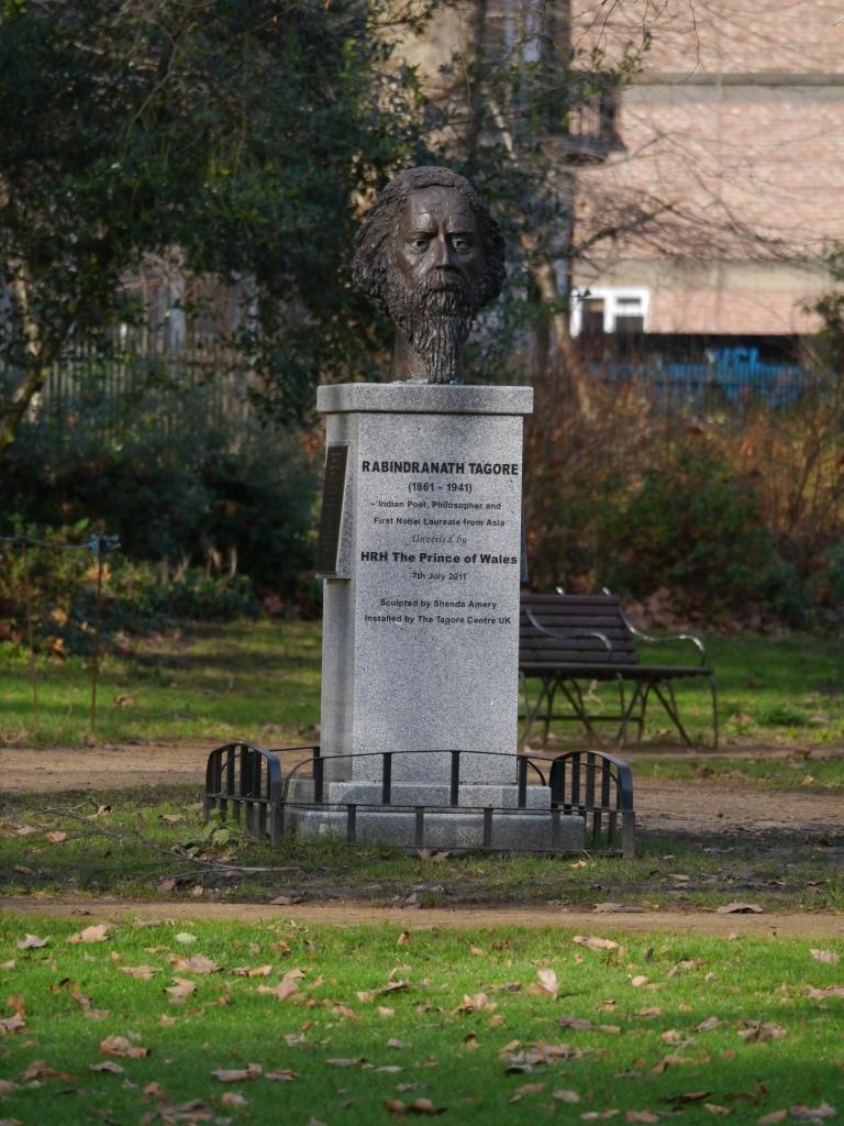 Tagore statue
