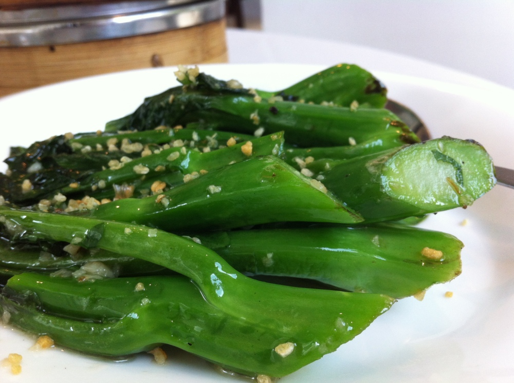 jie lan with garlic