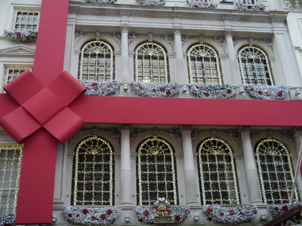 Cartier facade wrapped