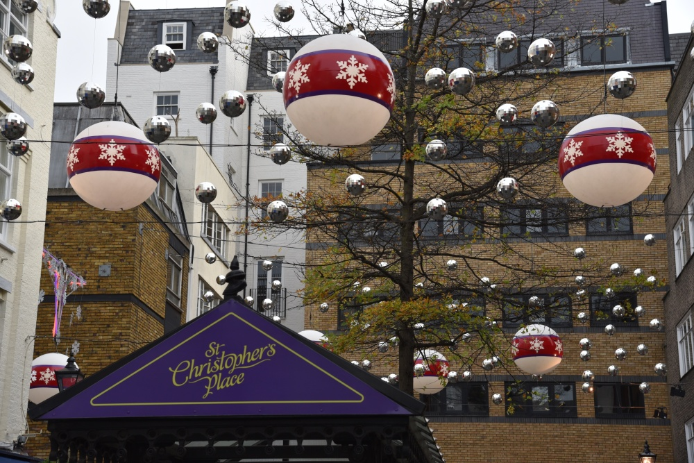 St Christophers Place Christmas lights 1 (1)